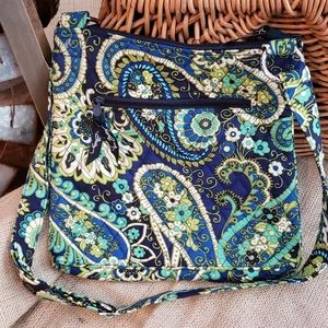 Vera Bradley Hipster in Rhythm & Blues